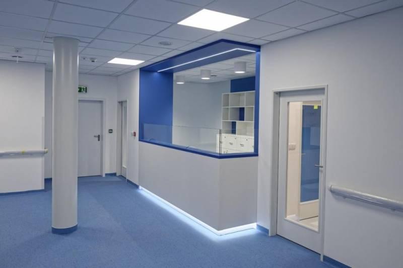 92d6b1097 Referencie - PVC podlahy - Nemocnica novej generacie - STAVREM ...